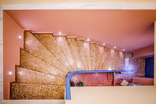 Σκάλα προς τα διαμερίσματα